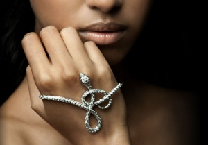http://www.gaydamakjewellery.com/#collections